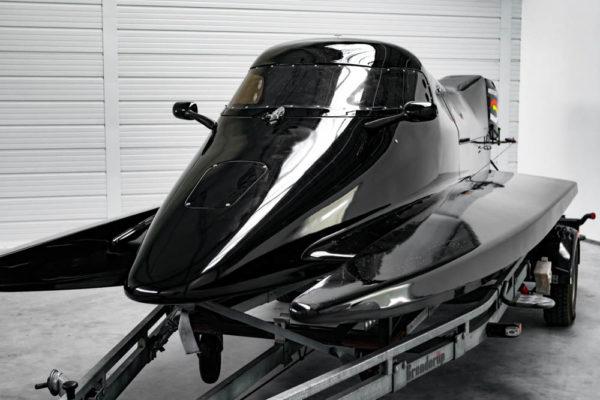 03-ll-yachting-news-speedboat