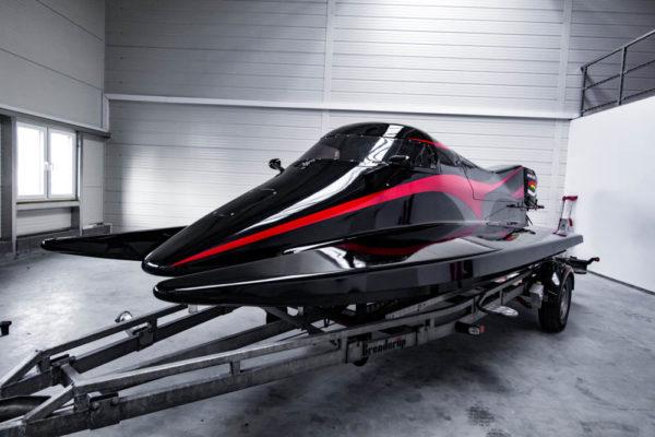 13-ll-yachting-news-speedboat