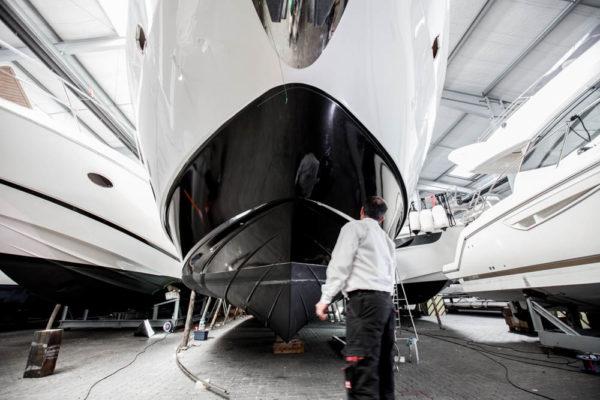 16-ll-yachting-ladenstein68-vollfolierung