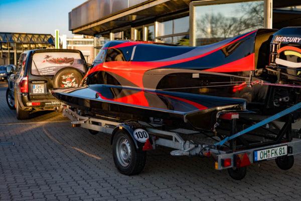 17-ll-yachting-news-speedboat