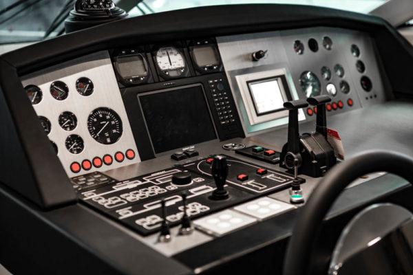36-ll-yachting-ladenstein68-vollfolierung