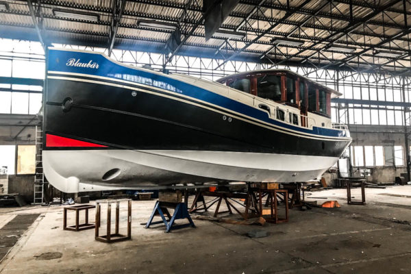 ll-yachting-news-antifouling-blaubear01