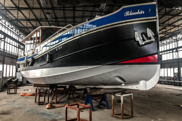 ll-yachting-news-antifouling-blaubear02