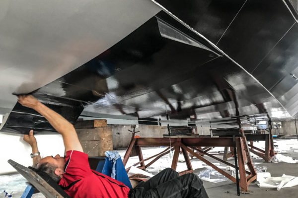 ll-yachting-news-antifouling-blaubear03